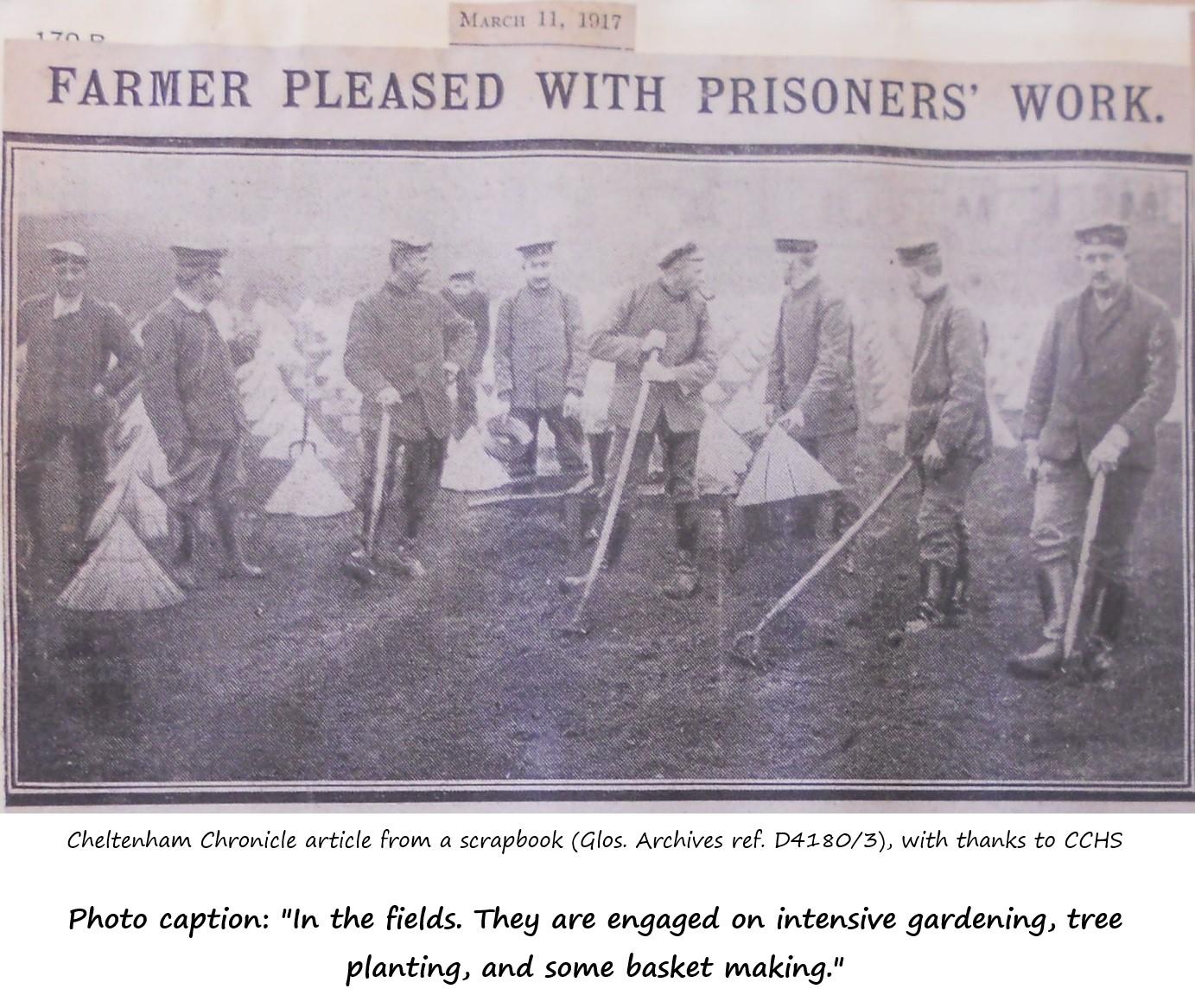 1917 news photo of POWs at work
