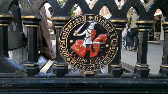 Richard I logo on bench