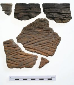 An example of Groove Ware from Clifton