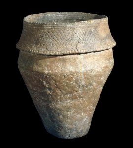 Example late Neolithic/early Bronze Age pot