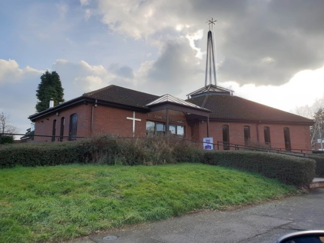 The Anglican Church of St John the Evangelist in Greenlands Redditch was constructed in 1990 and designed by Trinity Road Developments. Photograph © WCC