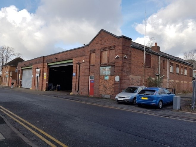 Although Midland Red buses had been in Redditch since WWI it was not until 1931 that this garage and depot opened in the town